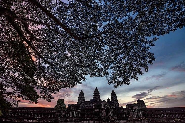 Alessandro Vannucci-Angkor-Wat-gallery